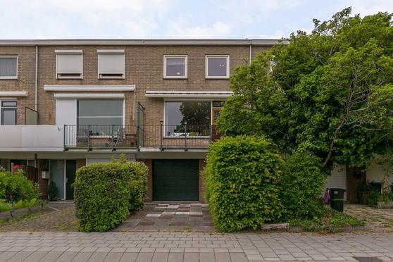 Hugo Van Voorneweg 8 in Heenvliet 3218 VG