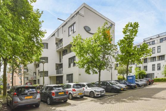 Nova Zemblastraat 49 in Amsterdam 1013 RJ