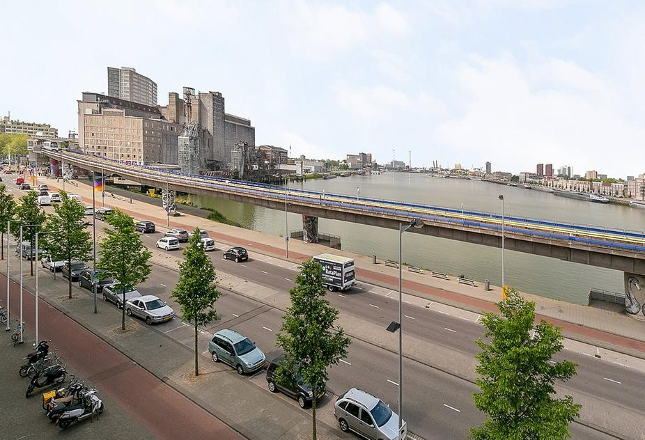 Maashaven O.Z. 222 in Rotterdam 3072 HS