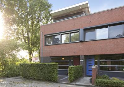Martinus Nijhofflaan 20 in Roosendaal 4707 NH