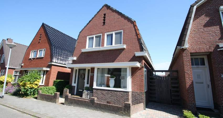 Mr. A.J. De Sitterstraat 18 A in Winschoten 9671 GL