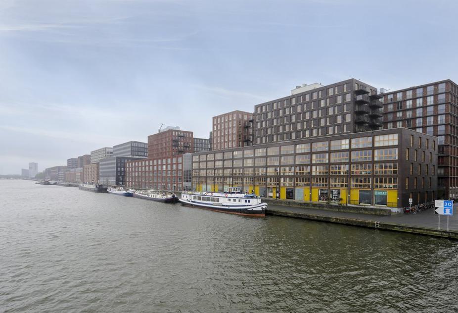 Veembroederhof 75 in Amsterdam 1019 HD
