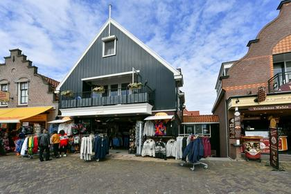 Haven 100 in Volendam 1131 EV