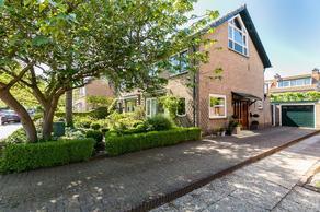 Huis Te Wissenlaan 13 in Santpoort-Noord 2071 SR