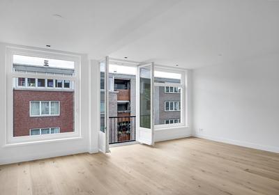Pieter Langendijkstraat 22 C in Amsterdam 1054 ZB