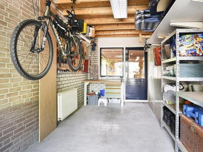 Carry Pothuisstraat 84 in Hoofddorp 2135 NJ