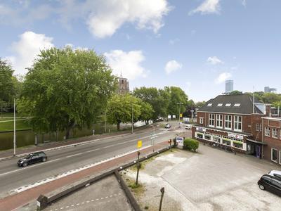 Harlingersingel 19 in Leeuwarden 8913 CJ