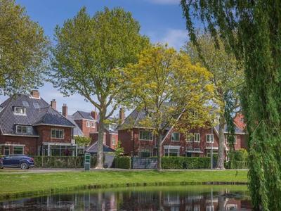 Prins Hendriklaan 15 in Overveen 2051 JA