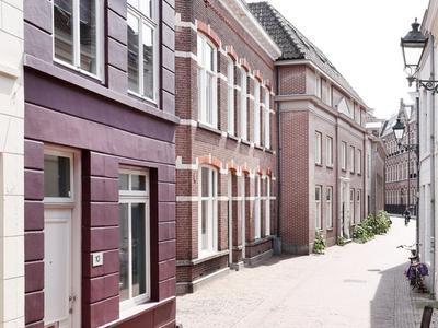 Clarastraat 10 in 'S-Hertogenbosch 5211 LB
