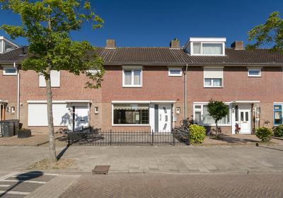 Kardinaal Van Rossumlaan 8 in Eindhoven 5645 EE