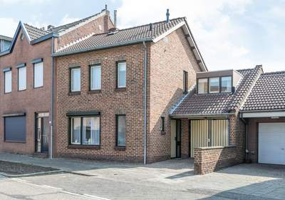 Baanstraat 103 in Landgraaf 6372 AE