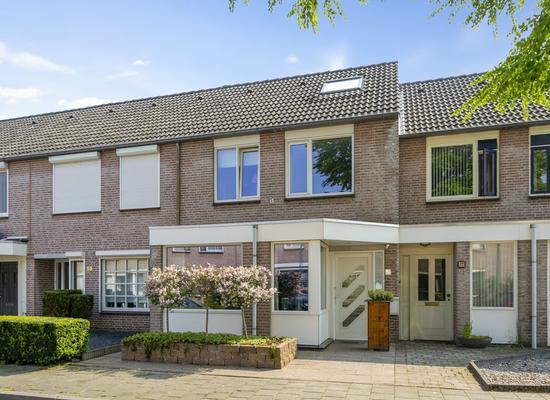 Clemensstraat 27 in Helmond 5707 JS