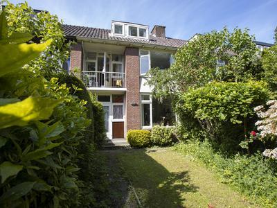 Godetia 6 in Dordrecht 3317 HK