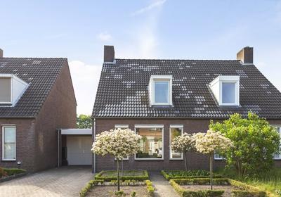 Verhoevenstraat 8 in Luyksgestel 5575 BX