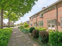 Burgemeester Neetstraat 134 in Ouderkerk Aan Den IJssel 2935 BE