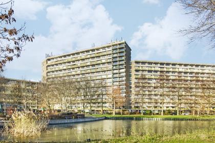 Dokter Van Stratenweg 361 in Gorinchem 4205 LW
