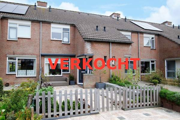 Oesterstraat 18 in Zierikzee 4301 ZJ