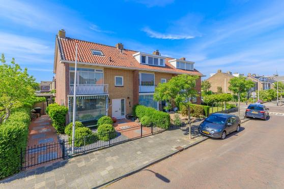 Vinkenlaan 30 in Noordwijk 2201 BS