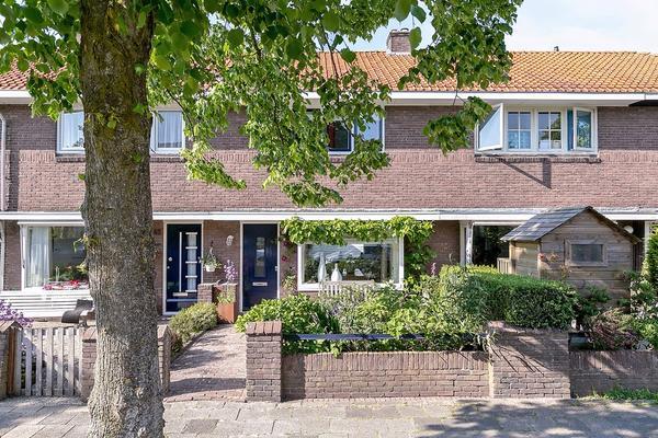 Ruysdaelstraat 50 in Leeuwarden 8932 EK