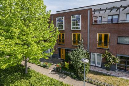 Giacomettistraat 25 in Almere 1328 LK