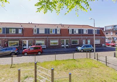 Casembrootstraat 44 in IJmuiden 1972 CC