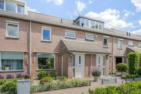 Klaproosstraat 18 in Vught 5262 DP
