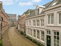 Sint Jacobstraat 8 in 'S-Hertogenbosch 5211 LP