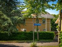 Maandenweg 62 in Almere 1335 KR