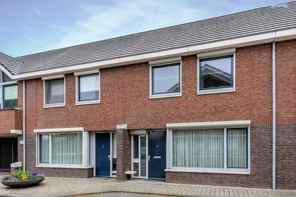 Molstraat 12 in Helmond 5701 VA