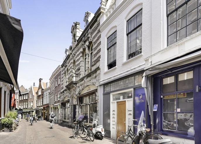 Lange Veerstraat 25 in Haarlem 2011 DA