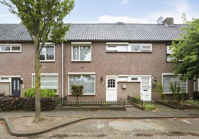 Mahoniehoutstraat 74 in Helmond 5706 VV