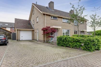 Frans Hanegraafstraat 18 in Hank 4273 EK