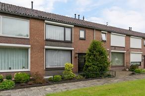 Hazebrouckstraat 31 in Fijnaart 4793 CR