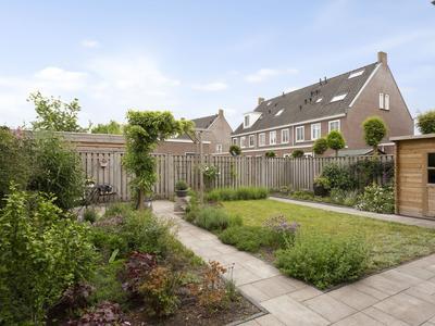 Iekendonksevoort 44 in Helmond 5706 HH