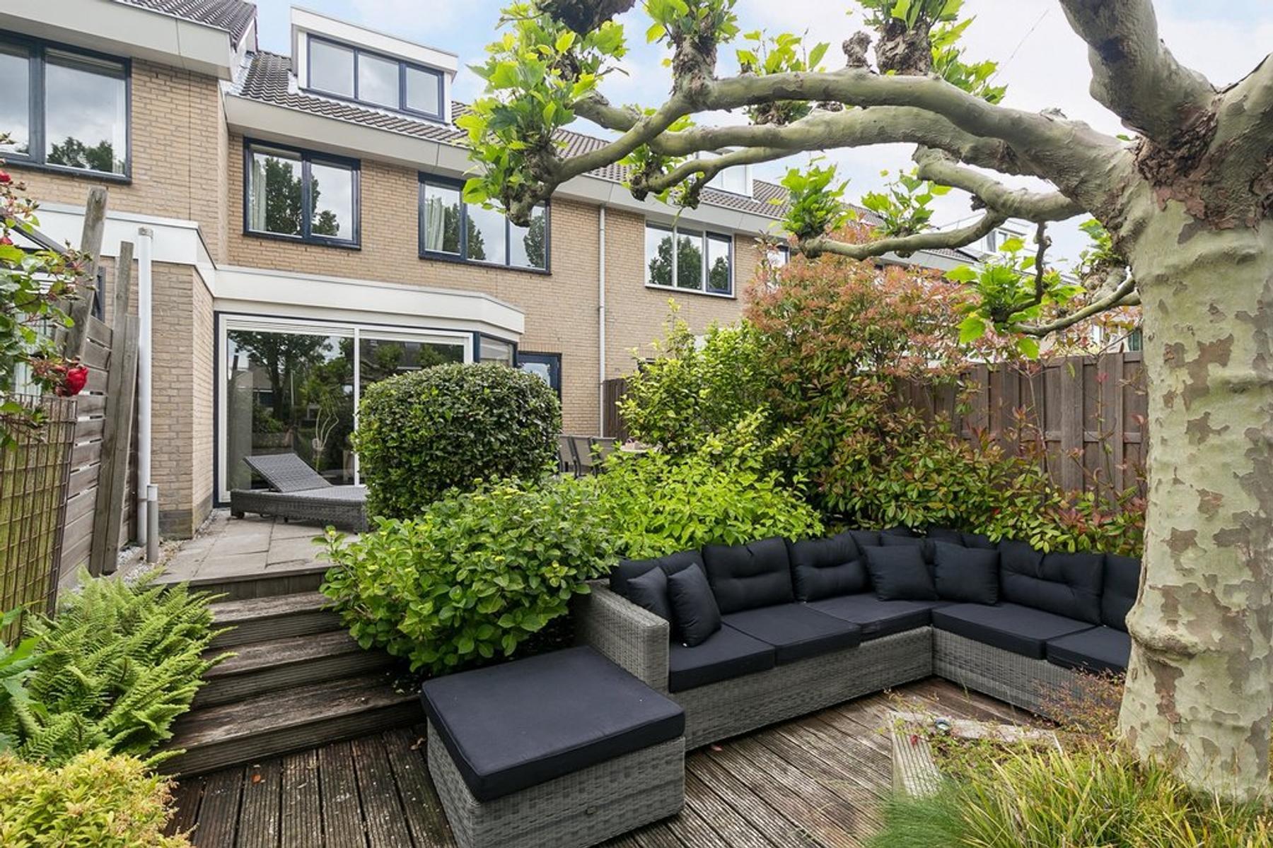 Debussystraat 5 in Capelle Aan Den IJssel 2901 GG