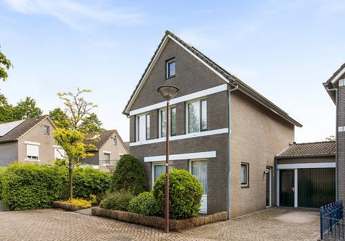Rietveld 8 in Oudenbosch 4731 WR