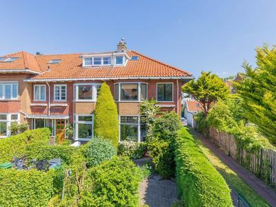 Oranje Nassaulaan 93 in Overveen 2051 HK