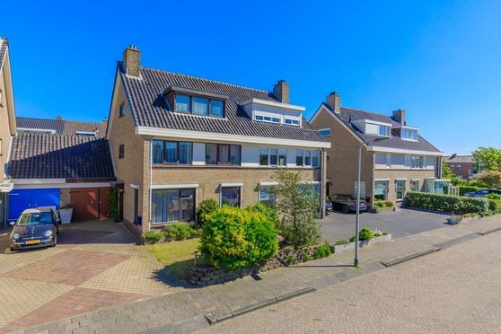 Oranje Nassaustraat 8 in Noordwijk 2202 TN