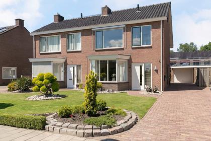 Verzetstraat 10 in Vriezenveen 7671 GK