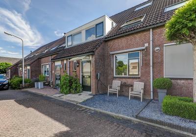 Spithoven 19 in Tienhoven Aan De Lek 4235 AG