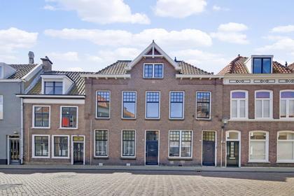 Burgstraat 48 in Gorinchem 4201 AD