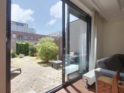 Johan Hofmanstraat 262 in Amsterdam 1069 KE