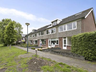 Luchtenburg 2 in Zevenbergen 4761 MA