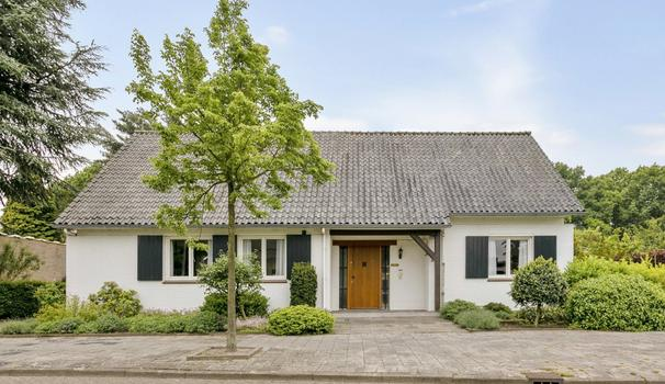 Bouwmanlaan 6 in Bergen Op Zoom 4614 AH