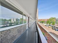 Burgemeester Hogguerstraat 471 in Amsterdam 1064 CT