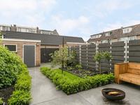 Van Maerlantstraat 32 in Waddinxveen 2741 BE