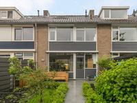 Van Maerlantstraat 32 in Waddinxveen 2741 BE