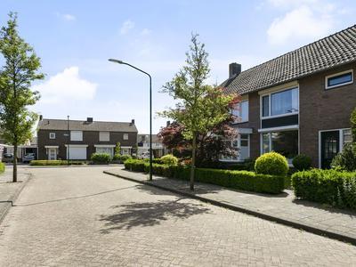 Donkersstraat 26 in Aarle-Rixtel 5735 CL
