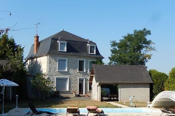 Woonhuis in Chantenay Saint Imbert