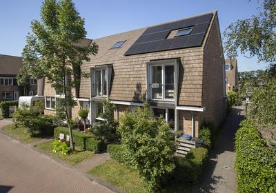 Riezebezem 17 in Hooglanderveen 3829 EN